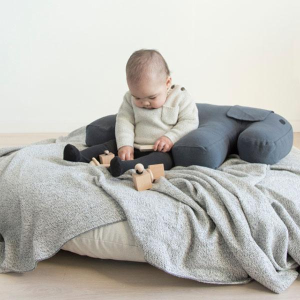 MonkeyMcCoy | Nanami Feeding Pillow